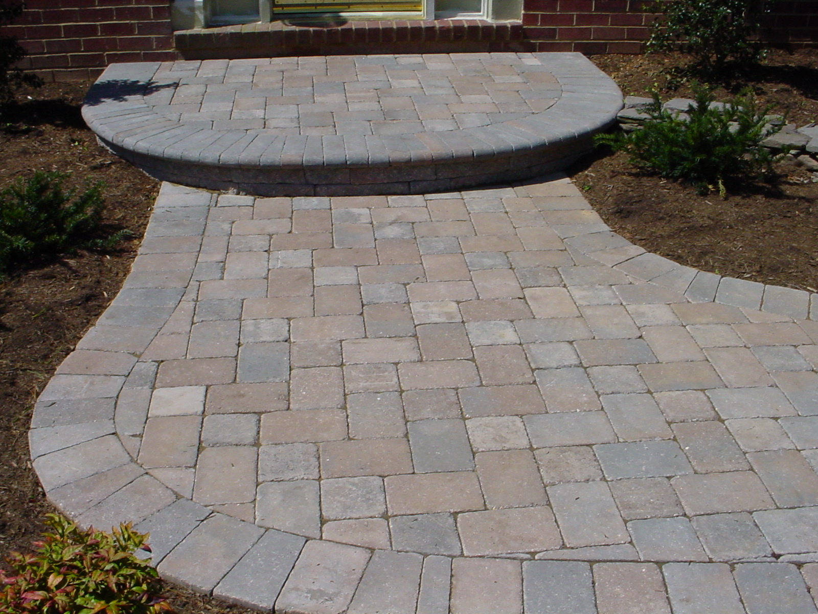 Foster masonry inc stone and interlocking pavers for Bricks stone design